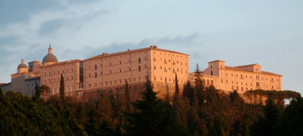 Cassino - SeaHorse Car Service - Sorrento Shuttle service, Naples airport shuttle service, Amalfi Coast tours, Sorrento transfer, Amalfi Coast Shore Excursions and tours